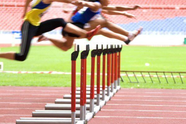 email marketing vs carrera de obstáculos